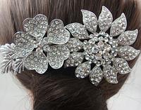 Гребень для волос на свадьбу. Хрустальный цветок