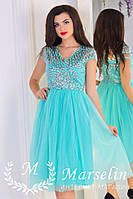 Красивое женское платье расшитое паеткой
