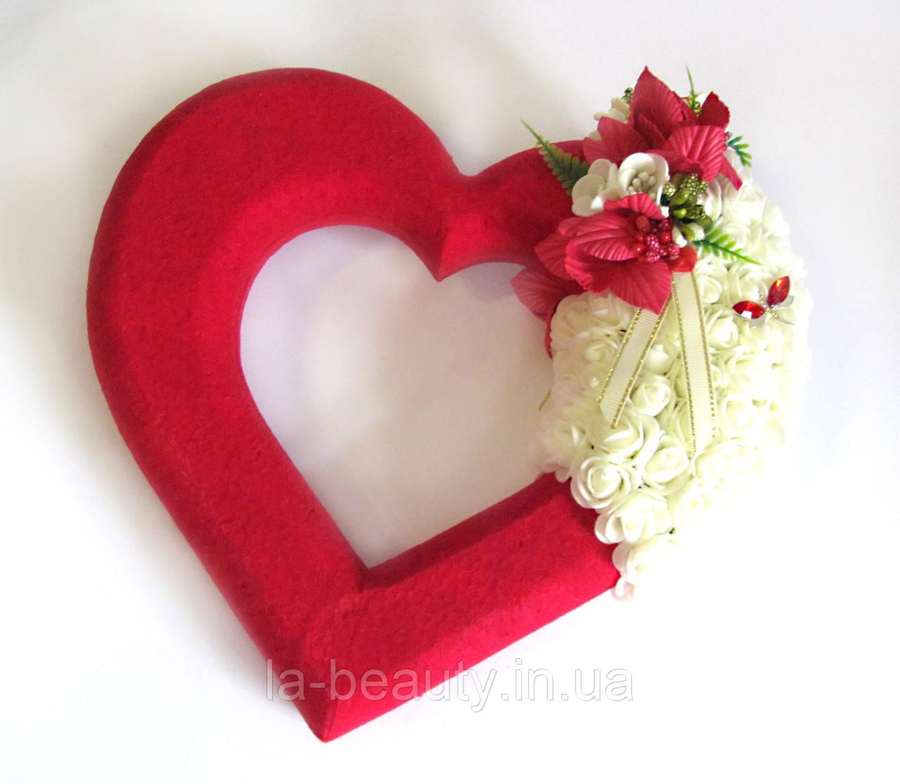 Декор красное сердце с розами айвори для свадебных машин / авто украшение