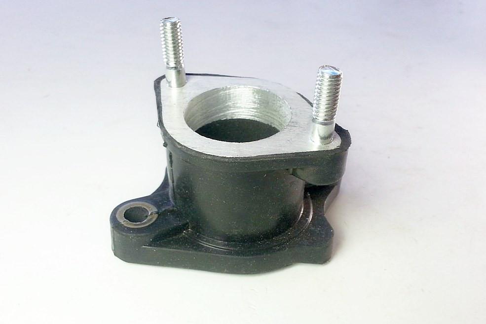 Патрубок карбюратора прорезиненный двигателя CG125-200
