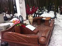 Мраморный памятник М-4