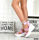 Женские кожаные босоножки с шнуровкой на платформе (сирень), фото 5