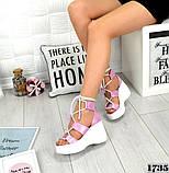 Женские кожаные босоножки с шнуровкой на платформе (сирень), фото 3