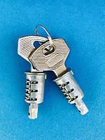Личинка замка дверной ручки с ключом комплект-2 шт. КАМАЗ 5320