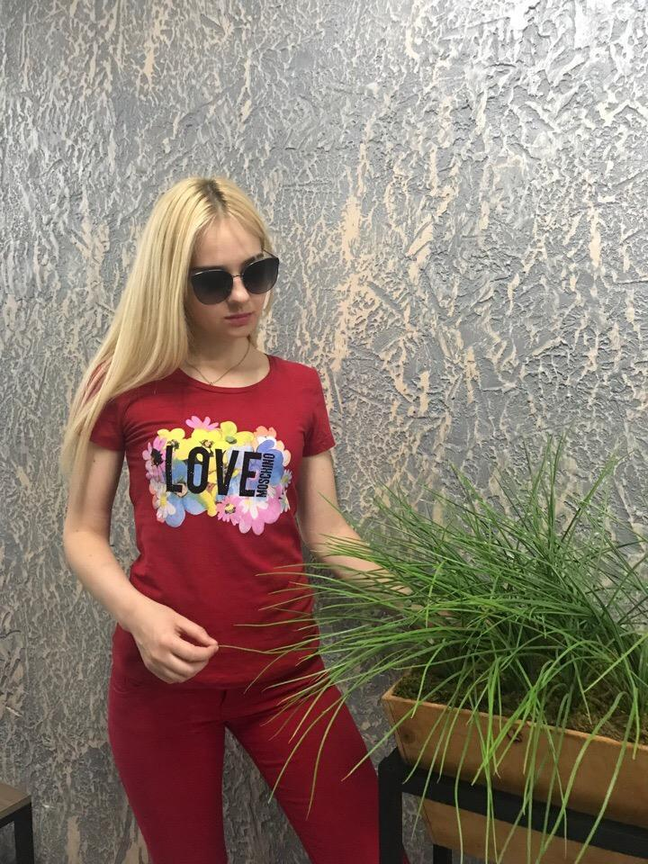 Женская брендовая футболка с декором в расцветках. Н-5-0519