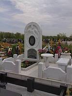 Мраморный памятник М-22