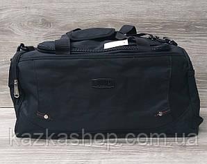 Дорожная сумка хорошего качества, среднего размера 50х25х22 см, плотный материал, ножки на дне сумке Черный