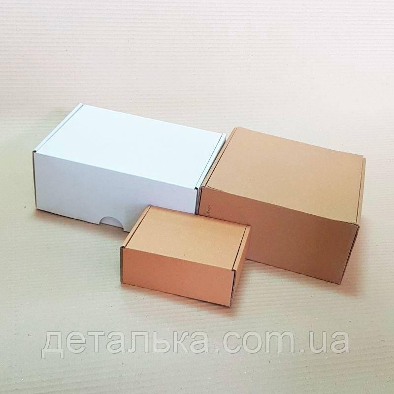 Самосборные картонные коробки 210*210*100 мм.