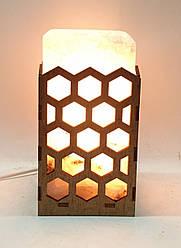 Соляной светильник  Прямоугольник в дереве Соты большой