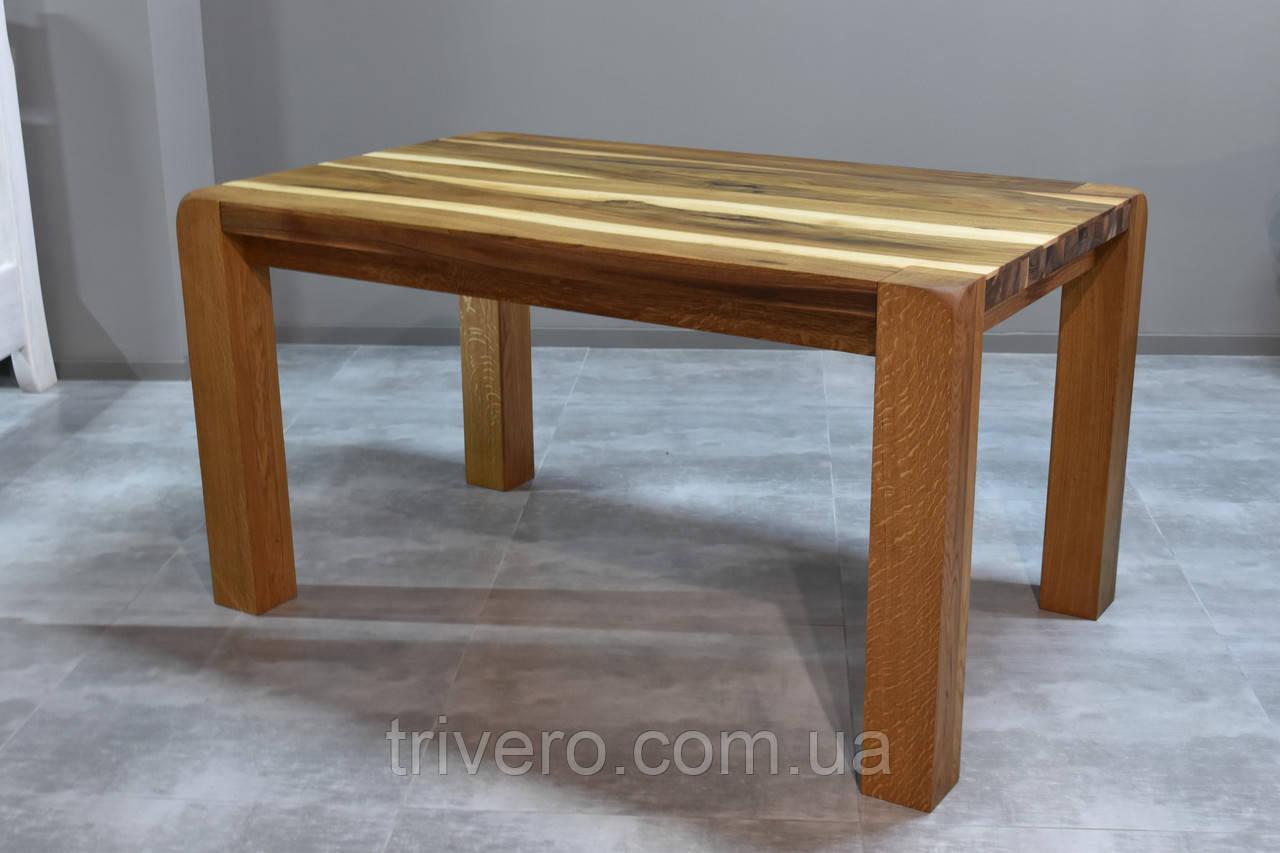 Стол в скандинавском стиле для лаундж зоны