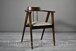 Дизайнерский стул в скандинавском стиле