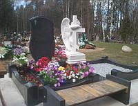 Мраморный памятник М-95