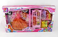 132 Кукла с нарядами