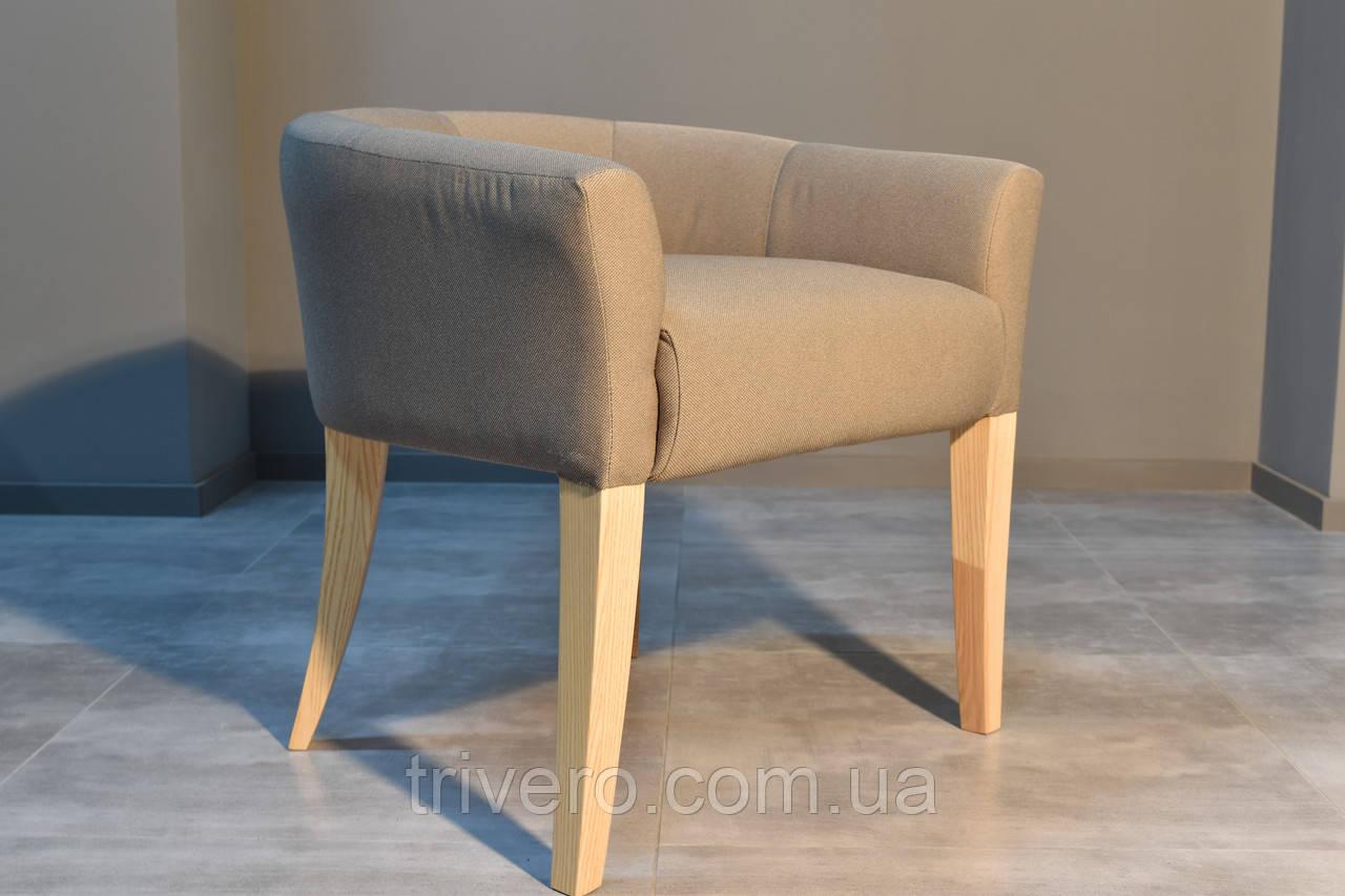 Дизайнерский стул с низкой спинкой ясень
