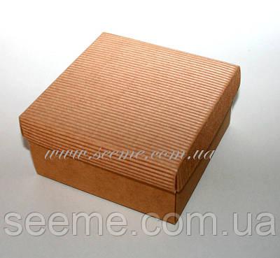 Коробка подарункова із крафт картону, 140х140х70мм.