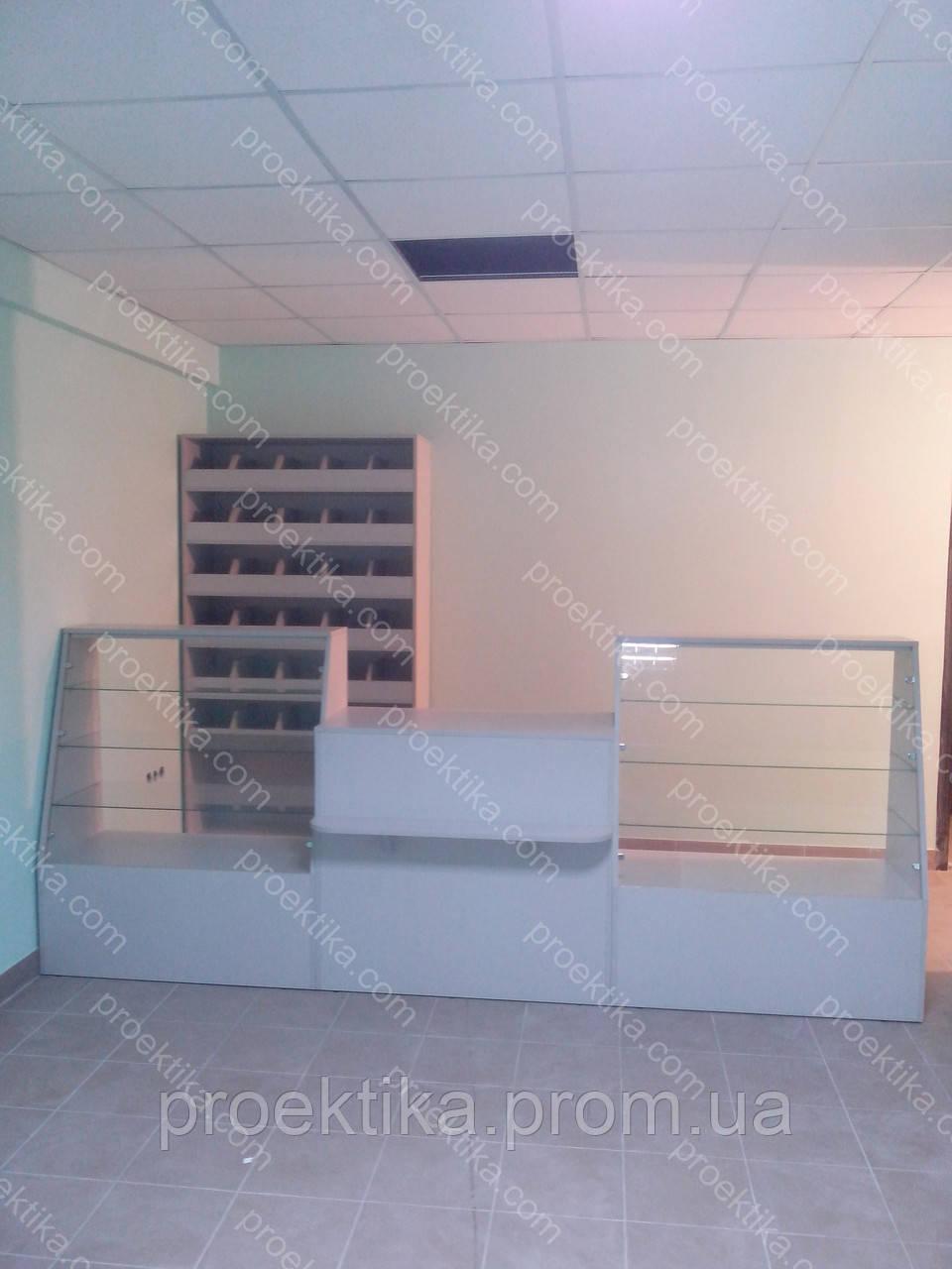 Торговые прилавки и стеллажи для магазина товаров для строительства