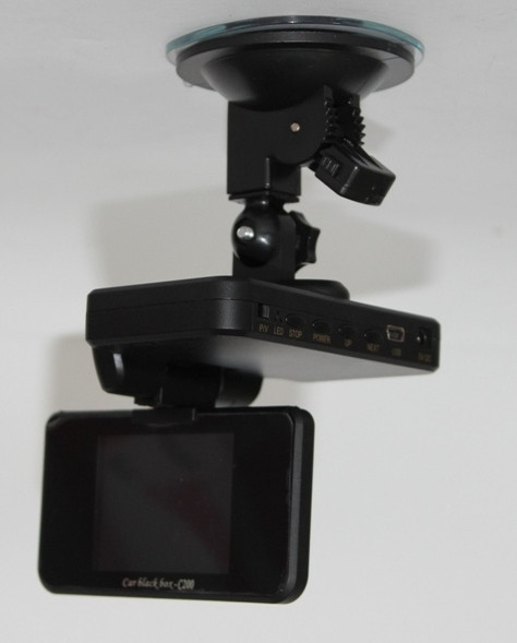 Видеорегистратор C200