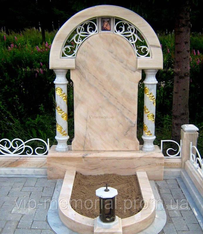 Мраморный памятник М-180