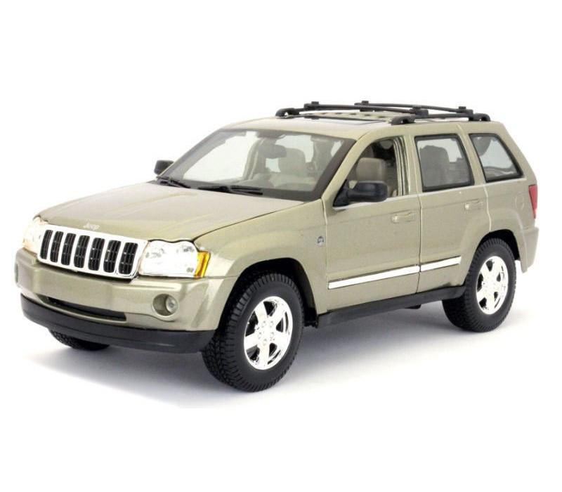Автомодель Maisto 1:18 Jeep Grand Cherokee Бежевый (31119 lt. khaki)