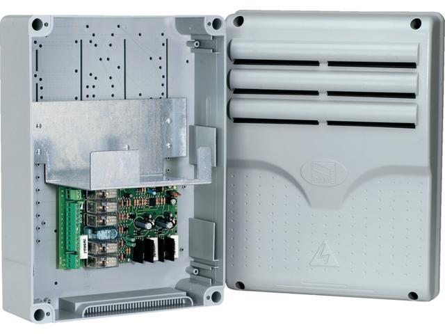 Плата управления для работы во время перебоев в подаче электроэнергии и для зарядки аккумуляторов с корпусом CAME LB18