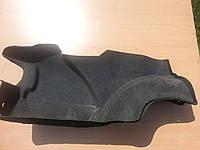 Обшивка багажника правая Audi 100 A6 C4 91-97г