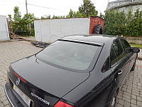 Бленда козырек спойлер на заднее стекло Mercedes W211