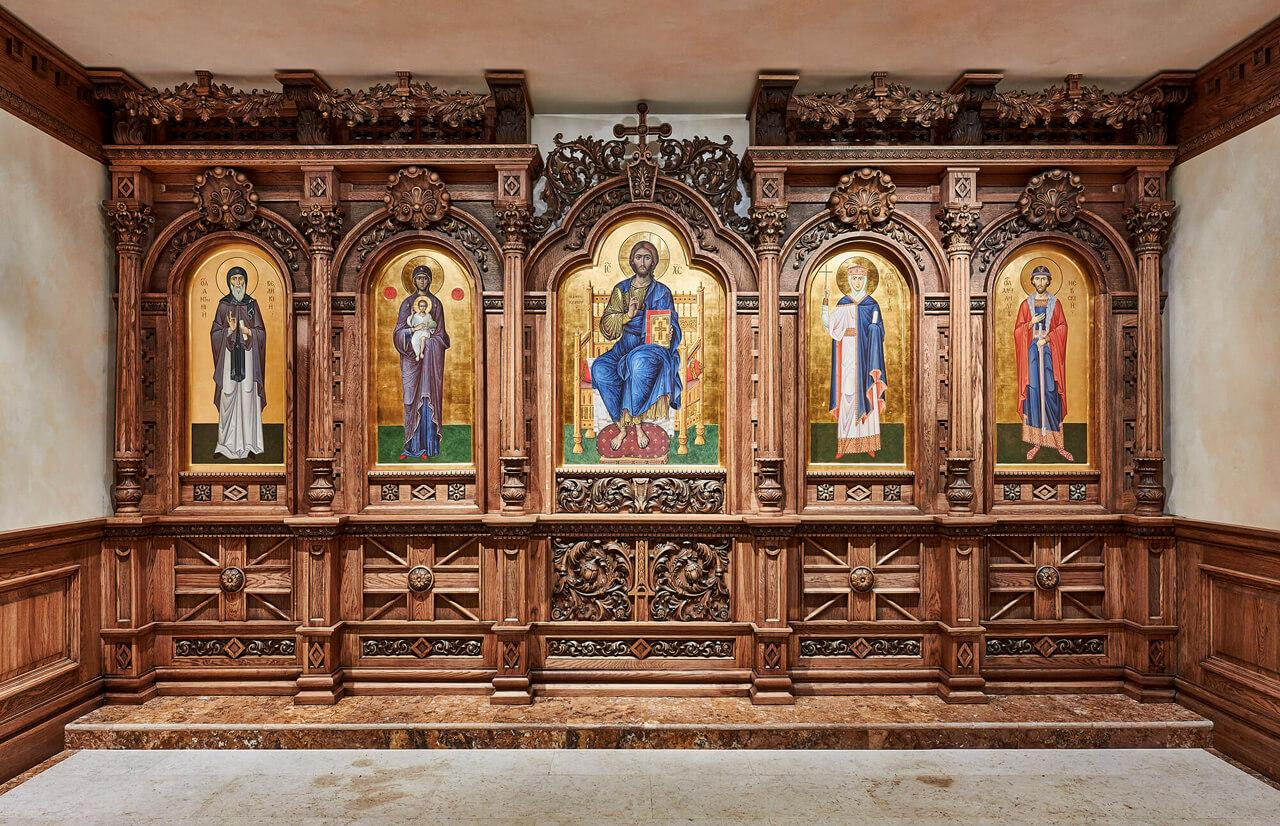 Иконостасы и киоты в церковь
