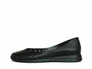 Черные кожаные балетки на плоской подошве