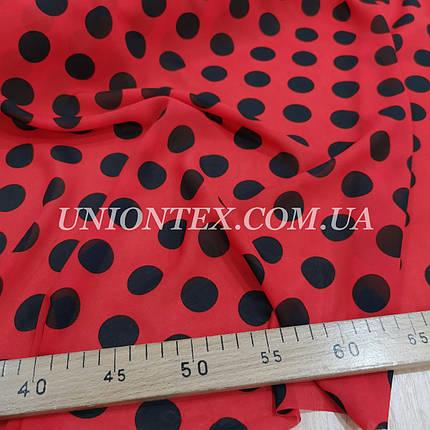 Ткань шифон принт крупный горох черный на красном, фото 2