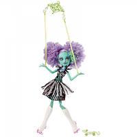 Кукла Monster High Хани Свомп Фрик Ду Чик (Цирковое представление) - Honey Swamp Freak du Chic