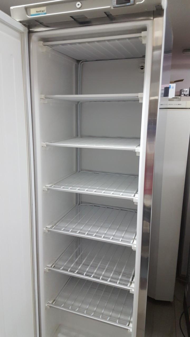 Морозильник Морозильник шкаф NordCap
