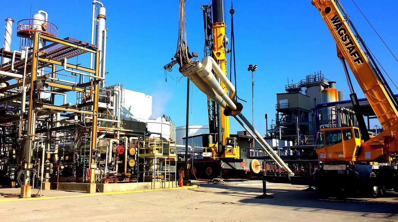 Монтаж конструкций трубопроводов и оборудования резервуарных парков