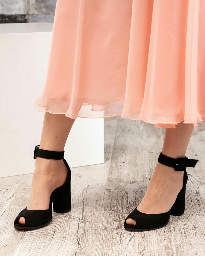 Туфли женские с открытым пальчиком черные