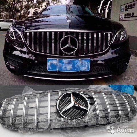 Решетка радиатора на Mercedes E-Class W213 стиль Panamericana Black/Chrome (под камеру)