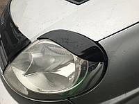 Opel Vivaro 2001-2015 гг. Реснички Fly-style Черный мат