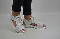 Сандалии женские DITAS 15-11 белые кожа на шнуровке, фото 1
