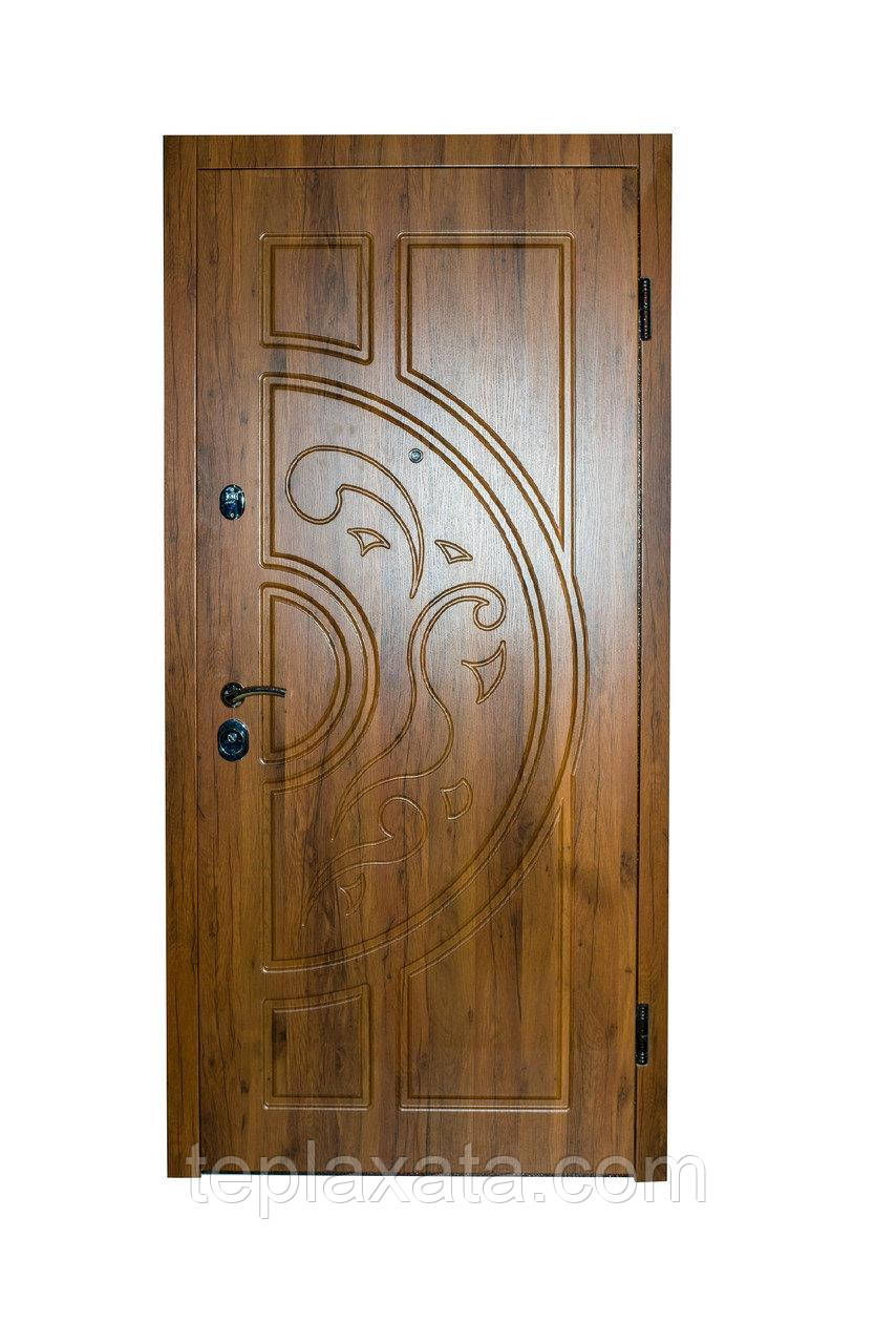 Дверь входная металлическая FEROOM Мила МДФ/МДФ