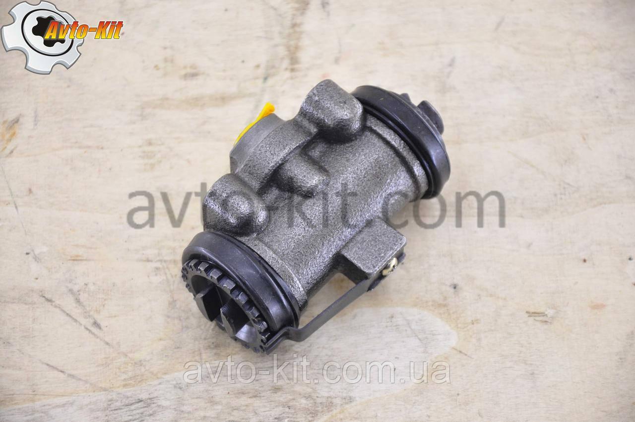 Цилиндр тормозной рабочий задний правый задний d=10 (шт-шт) Jac 1020 (Джак 1020)