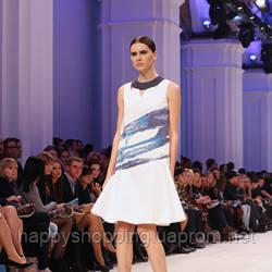 Белое платье с принтом PRZHONSKAYA