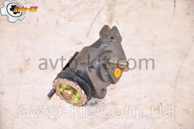 Цилиндр тормозной рабочий передний правый (ПР-ШТ) FAW 1031, 1041 ФАВ 1041 (3,2 л), фото 2