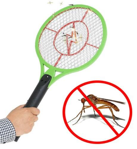 Мухобойка электрическая  в виде ракетки на батарейках Bug Catcher