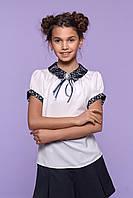 Блузка школьная декорированная гипюром на воротничке оптом