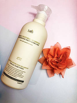 Увлажняющий шампунь для всех типов волос 530 мл La'dor Natural Shampoo