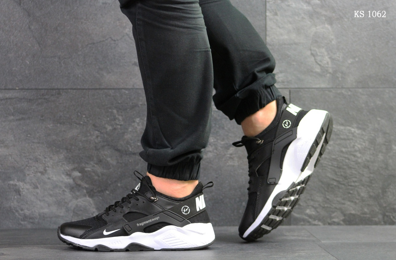 Мужские кроссовки Nike Huarache Fragment Design (черно/белые)