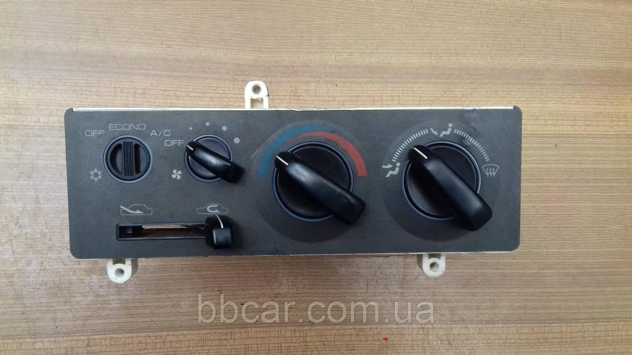 Блок управления печкой Mitsubishi Lancer , Colt , Pajero MB439701