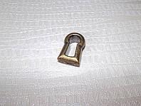 Декоративная ключевинка на замок