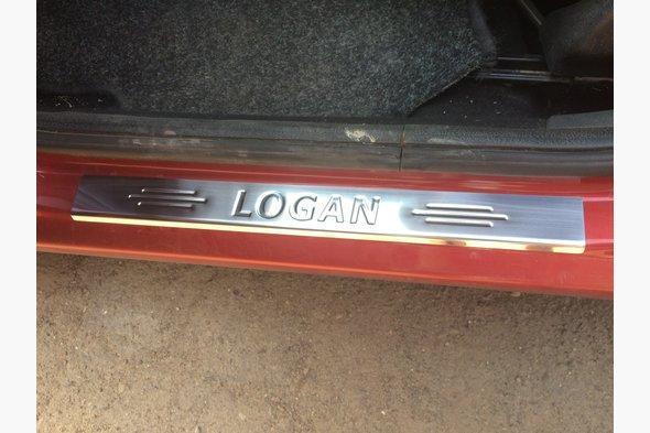 Накладки на пороги Carmos (4 шт, нерж.) Renault Logan MCV 2008-2013 гг.