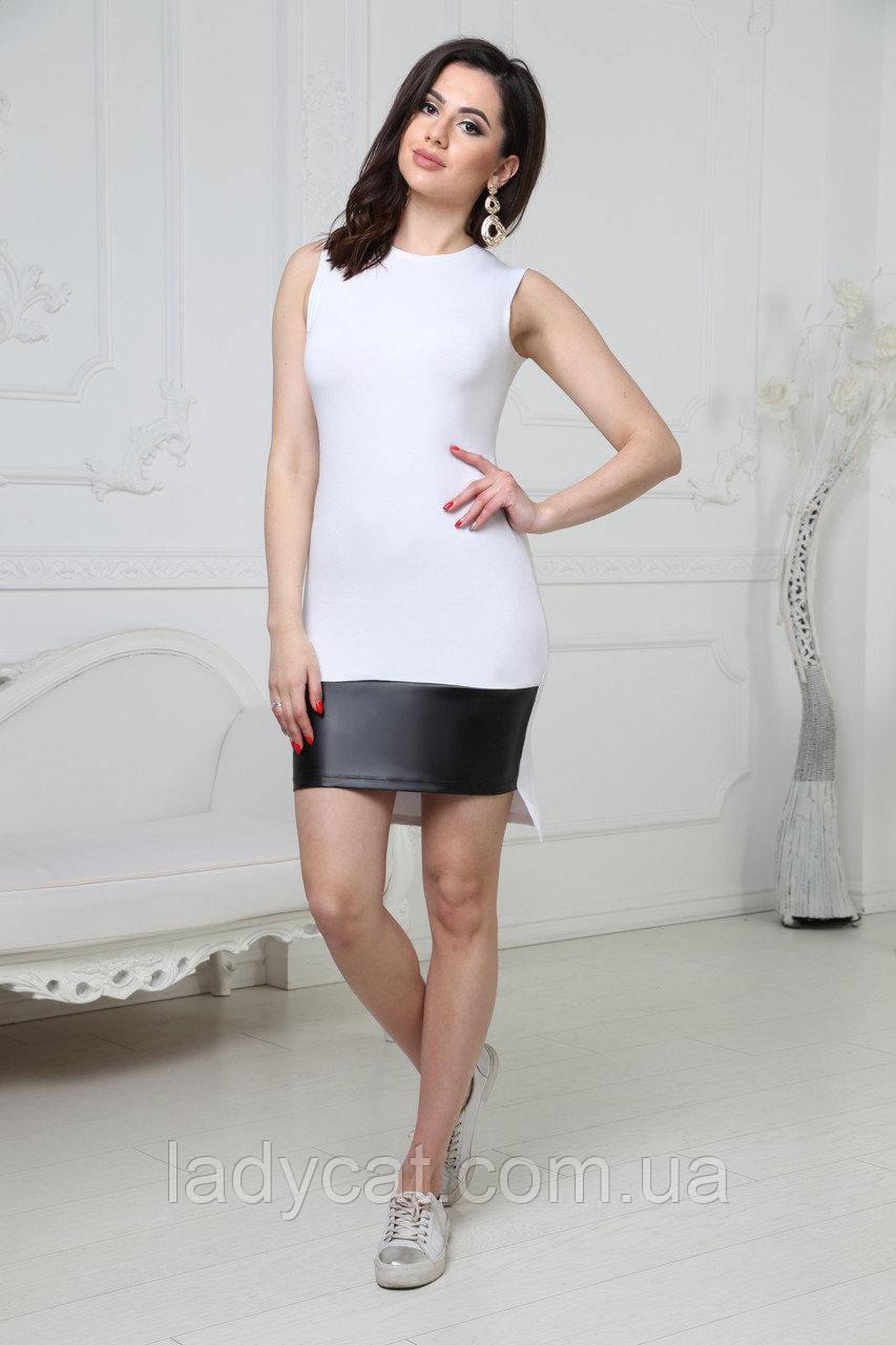Летнее женское облегающее платье белого цвета