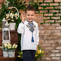 Вышитая рубашка для мальчика с ярким орнаментом Судьба