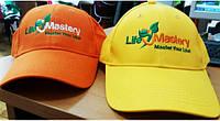 Бейсболки с логотипом, печать на кепках, вышивка на головных уборах от 10 единиц